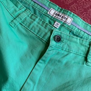 Mint/turquoise crown & ivy shorts